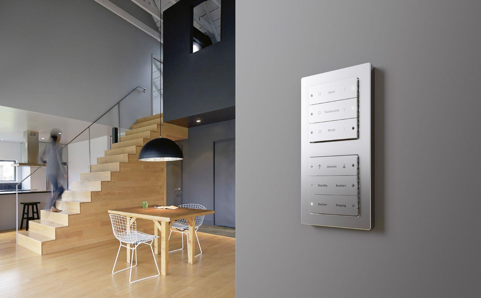 Gira KNX Tastsensor 3 Metall im Haus