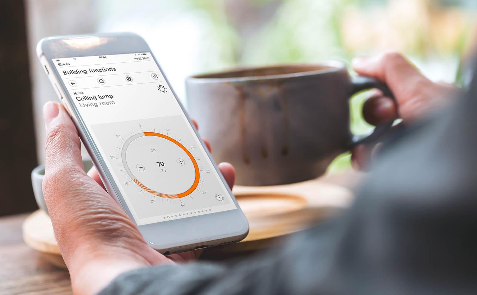 Gira Home App Lichtsteuerung auf englisch