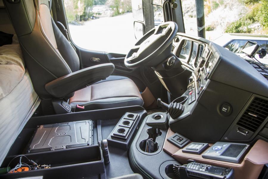 lkw cockpit