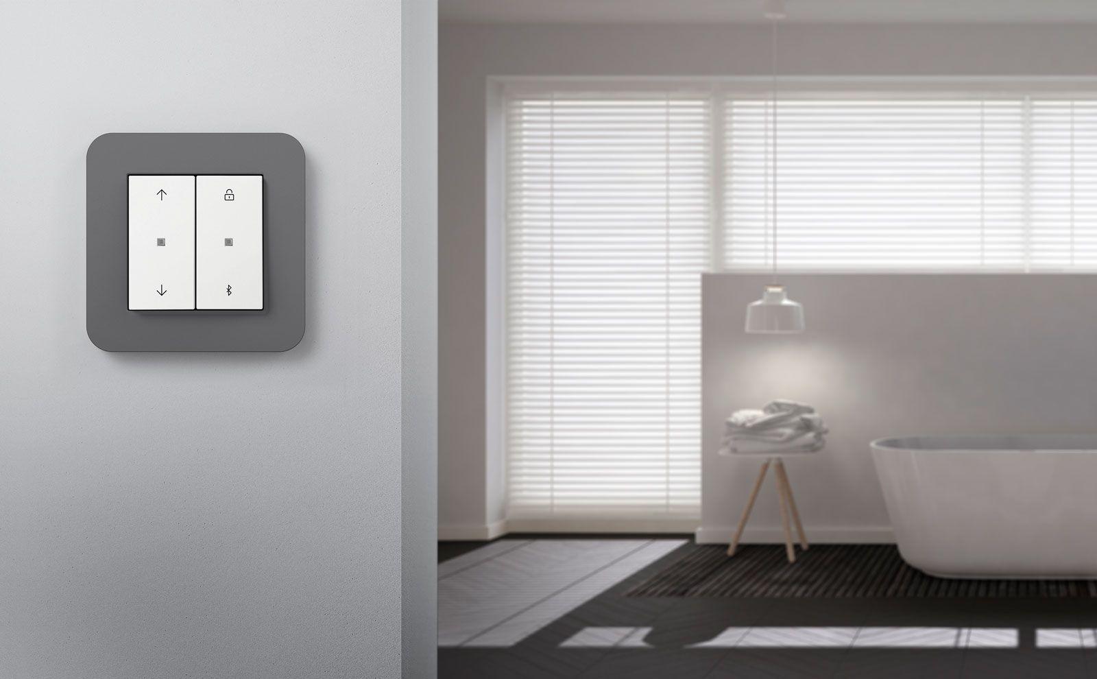 Gira System 3000 Jalousie- und Lichtsteuerung in E3 Designlinie