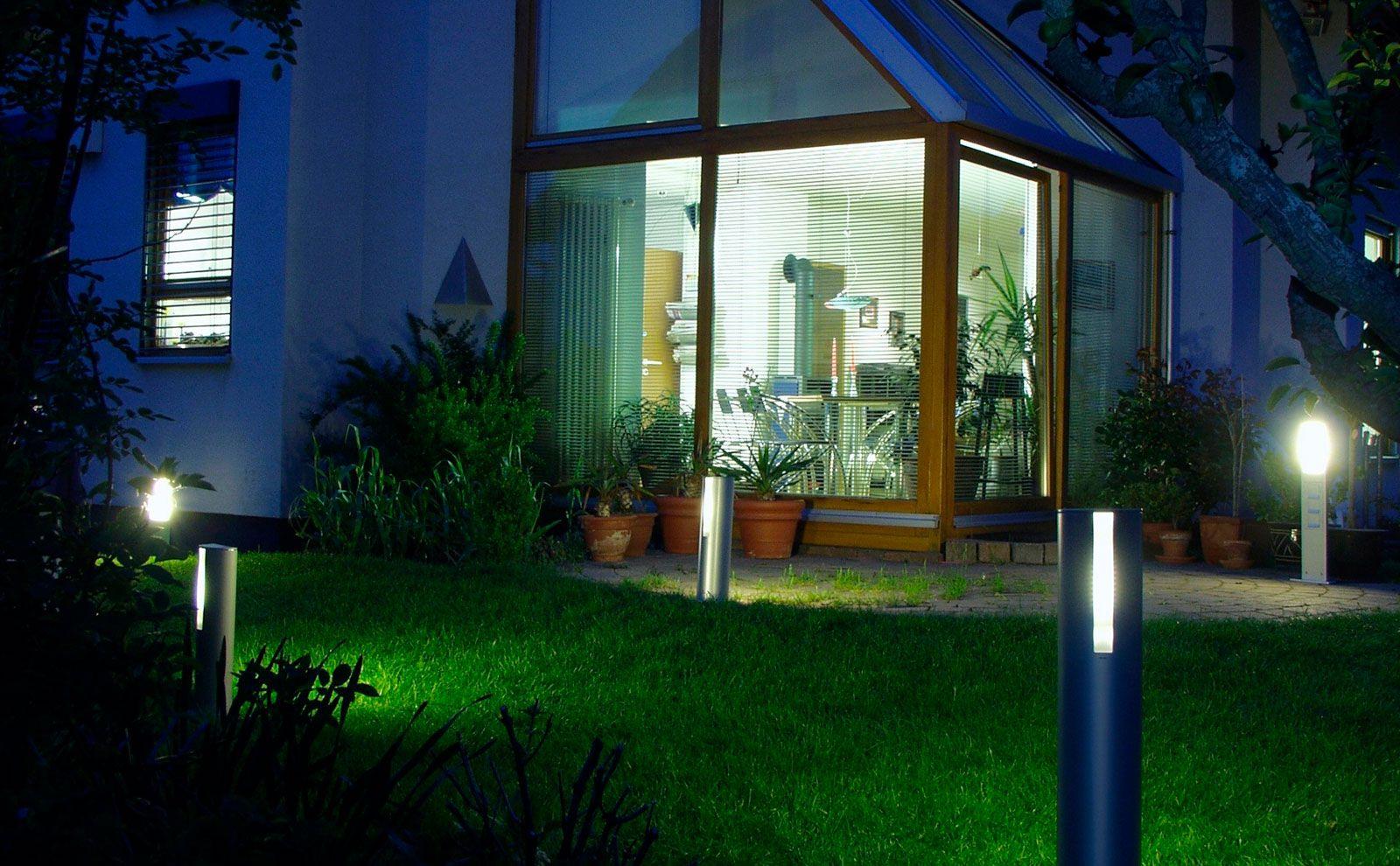 Gira Energie Und Lichtsäule Für Schöne Außenbeleuchtung