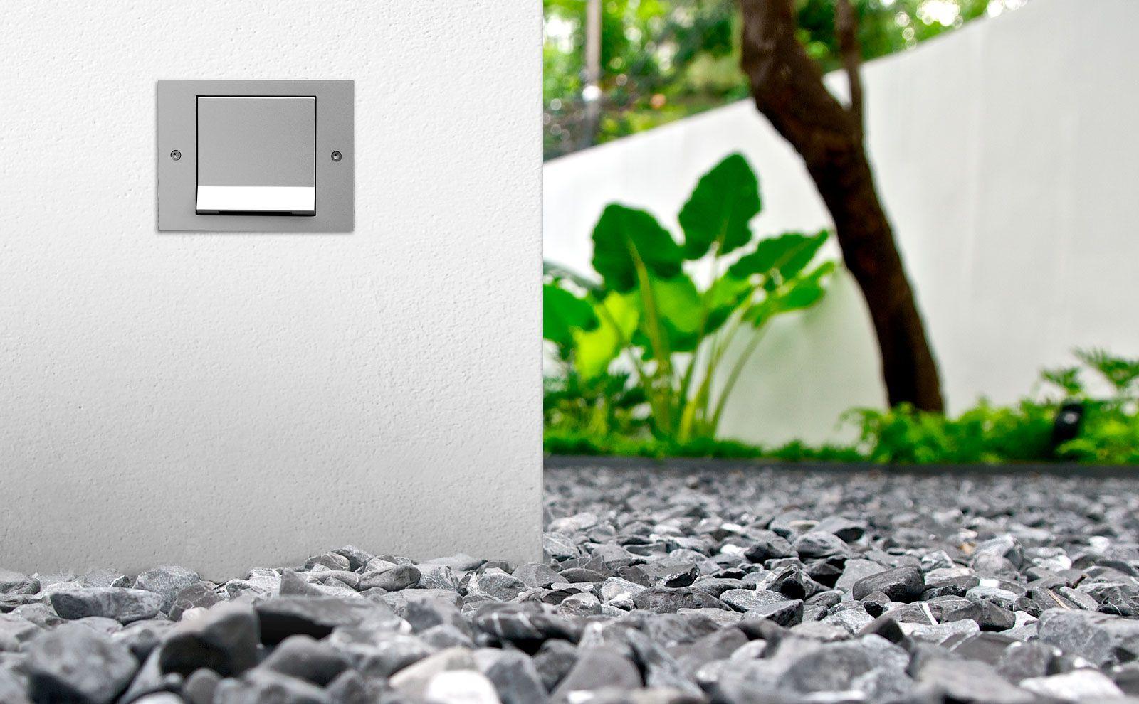 Gira_Schalterprogramm_TX_44_Wassergeschuetzt_Bild_01