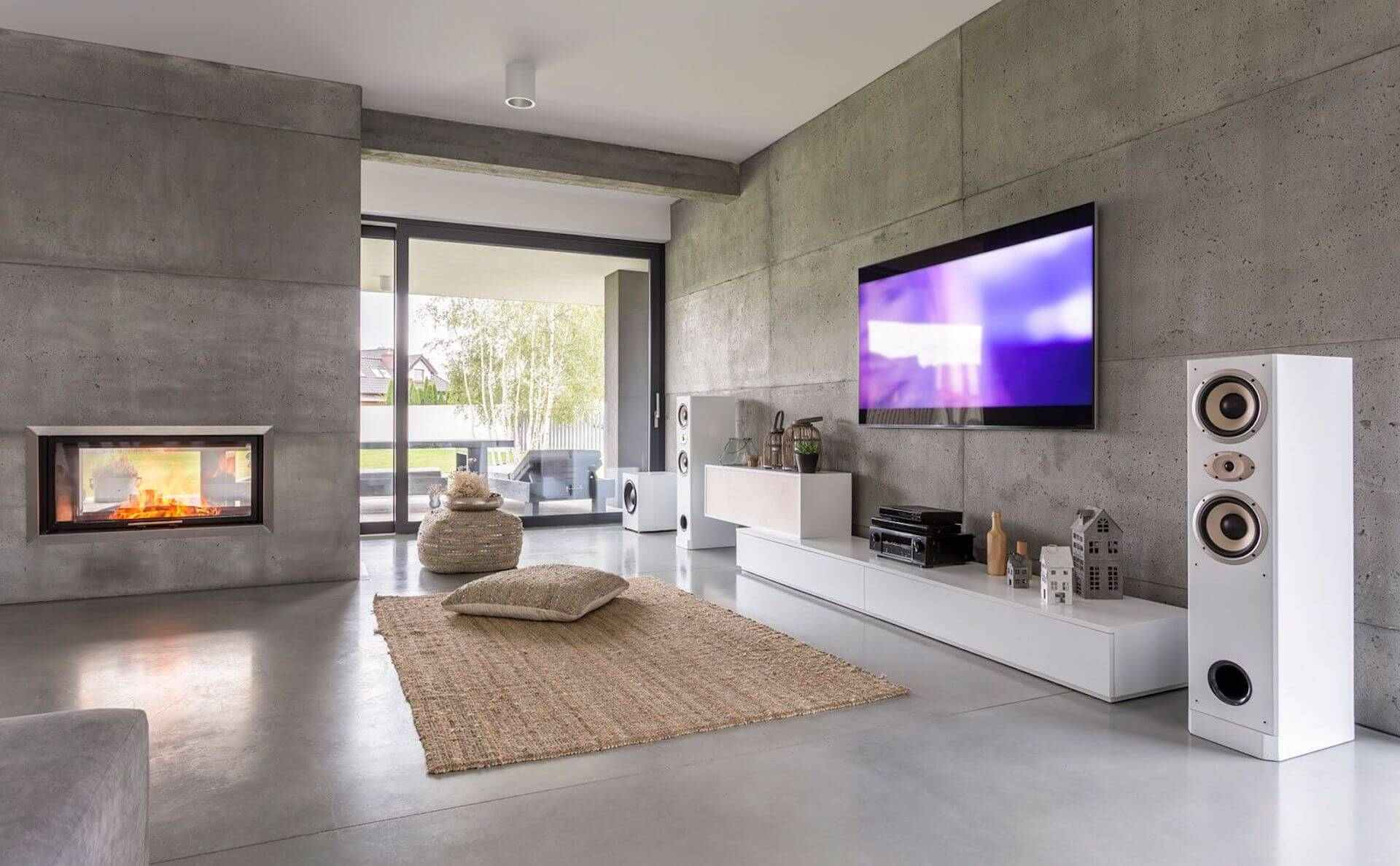 Gira HomeServer im Wohnzimmer