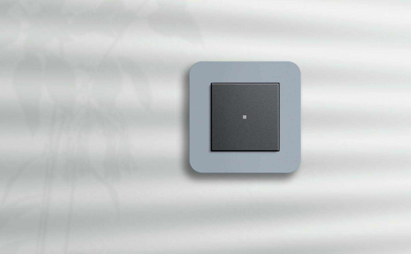 Gira E3 Grau mit LED
