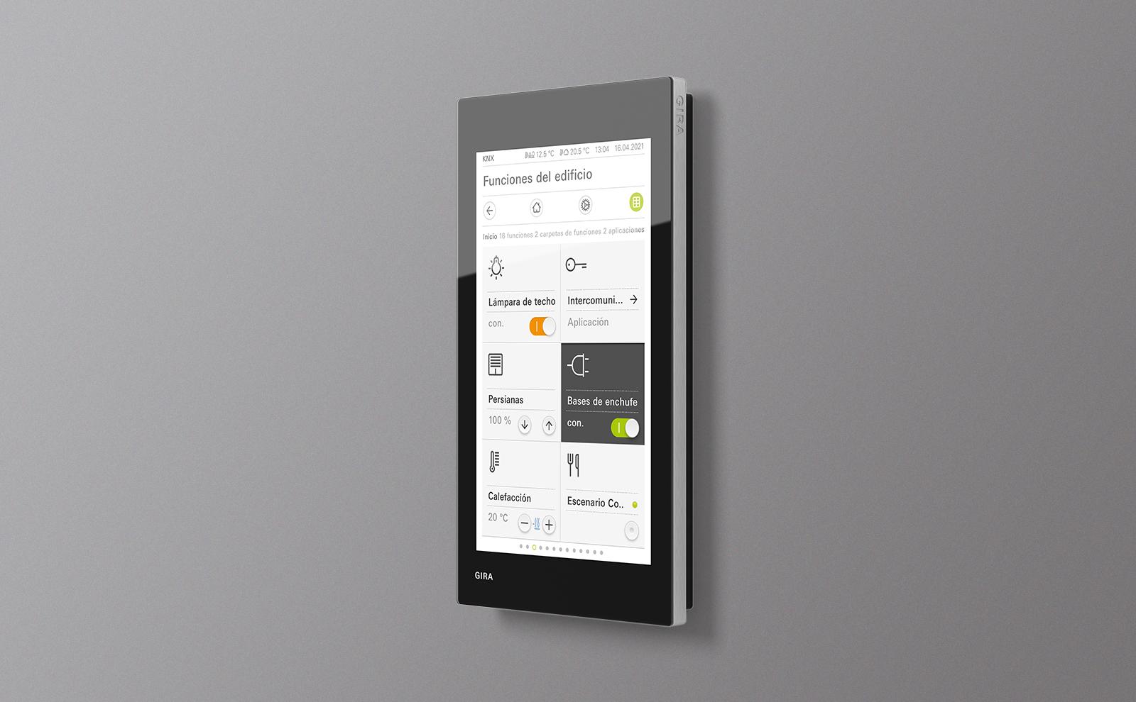 Gira G1 Touch Panel an der Wand