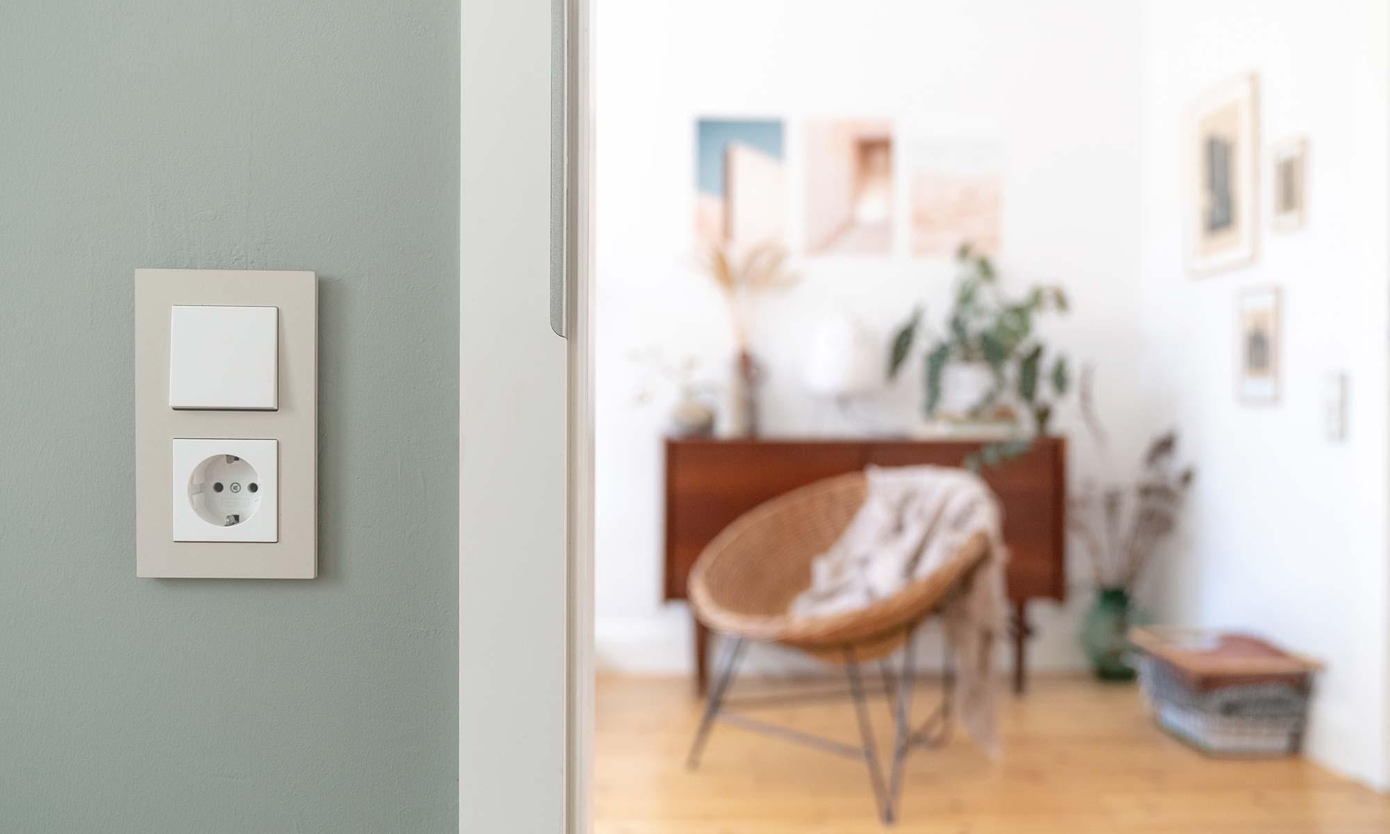 Gira Linoleum Schalter in Wohnung