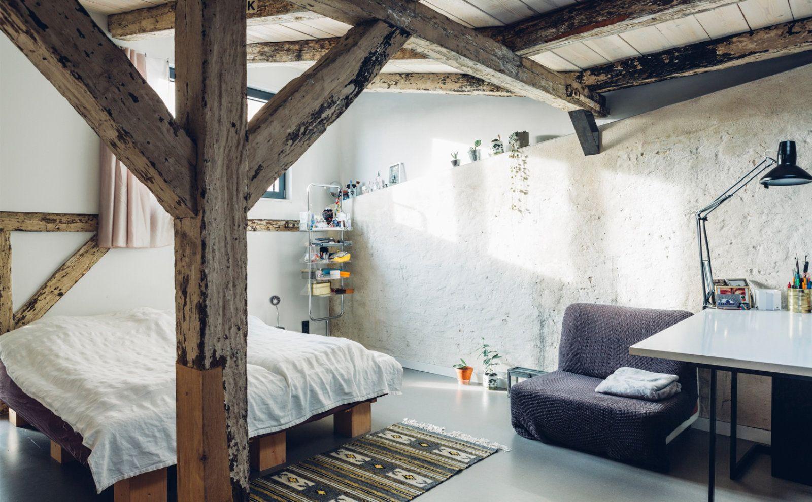 Altbau Charme im Schlafzimmer von Haufe Petereit Architekten