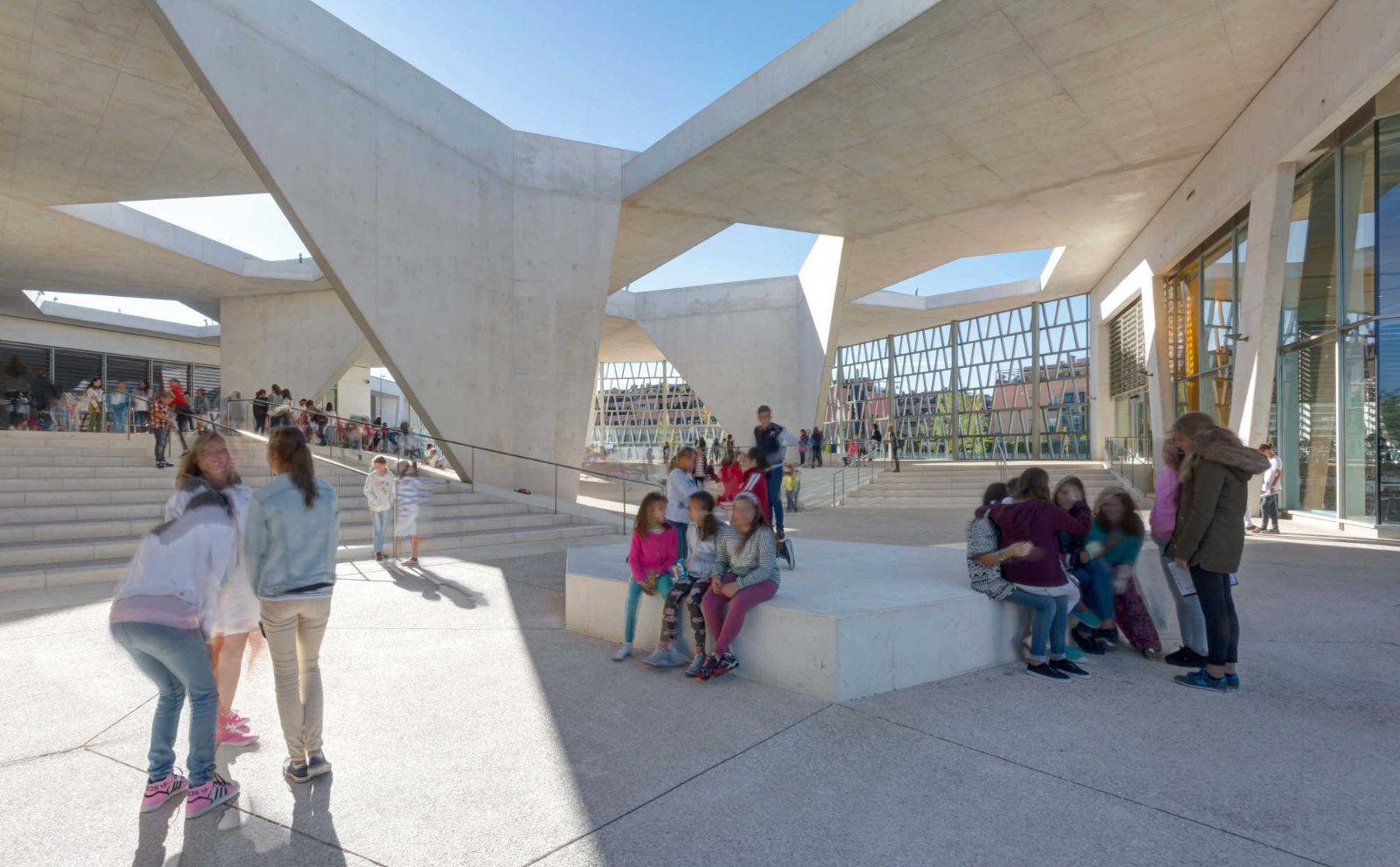 Deutsche Schule in Madrid von Grüntuch Ernst Architekten
