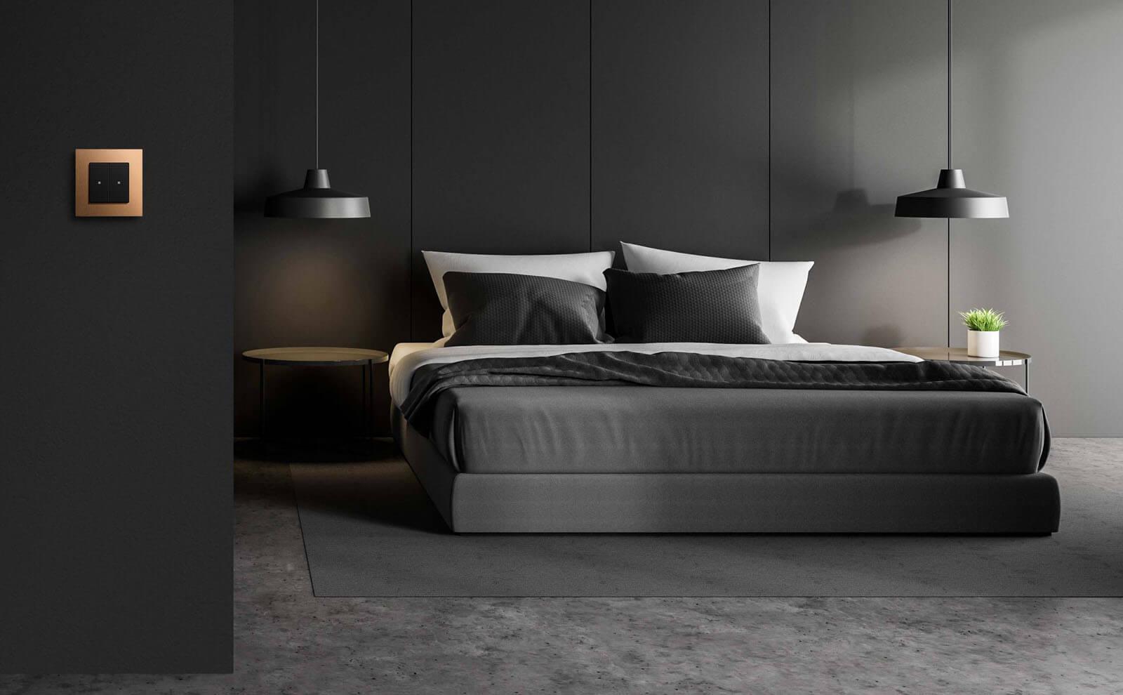 Gira KNX Taster Bronze (PVD) im Schlafzimmer