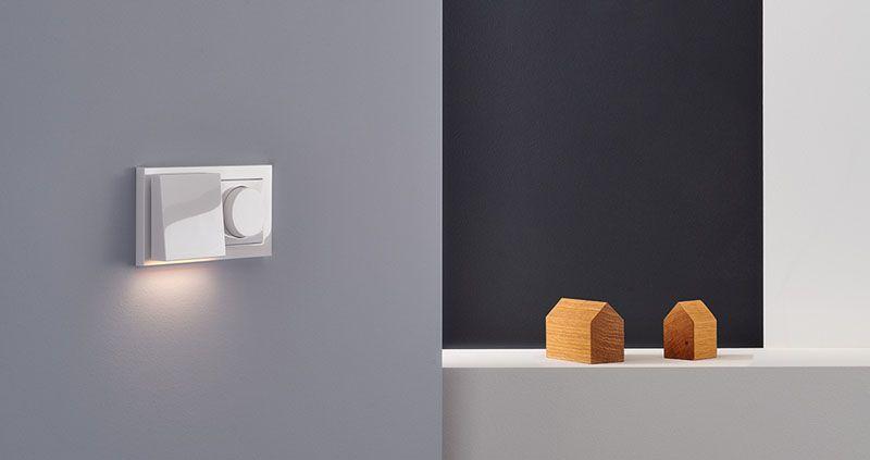 Plug & Light von Gira reinweiß glänzend