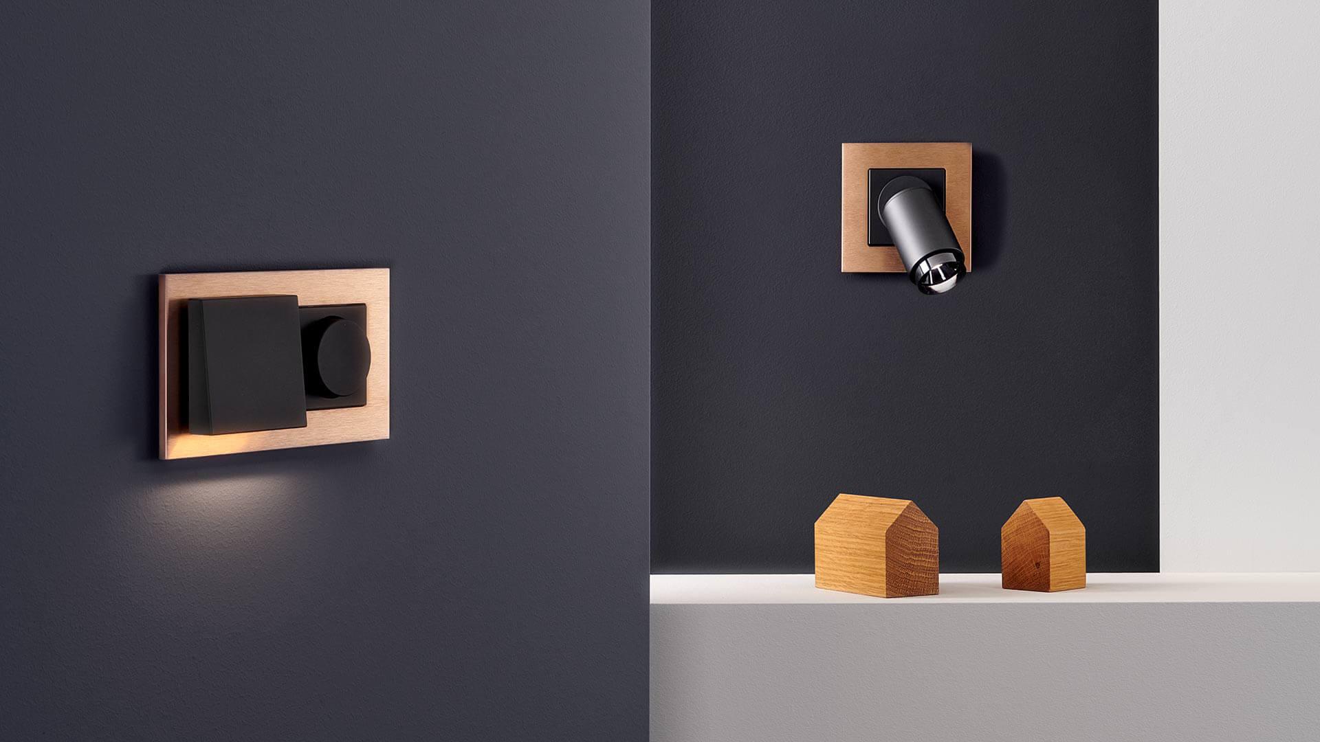 Plug and Light Bronze Strahler und Fluter